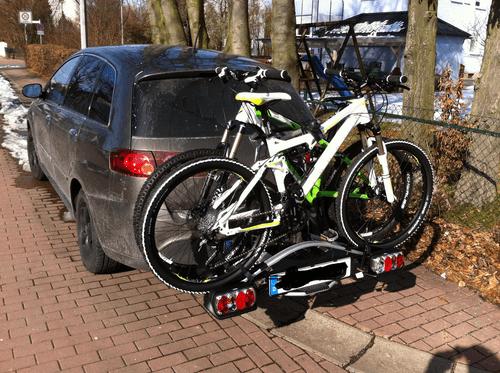 so haben wir die Fahrradträger getestet: das Bild zeigt den Thule Heckträger